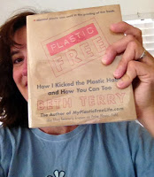 Life without plastic? (Book review)