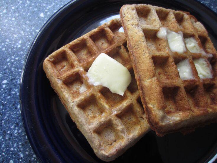 Hearty Oatmeal-Cinnamon Waffles