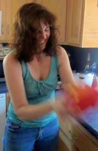 How to Freeze Garlic: BrownThumbMama.com