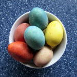 Dye Easter Eggs Naturally: BrownThumbMama.com
