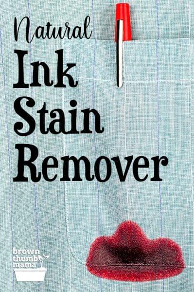 undichter roter Tintenstift in der Hemdtasche